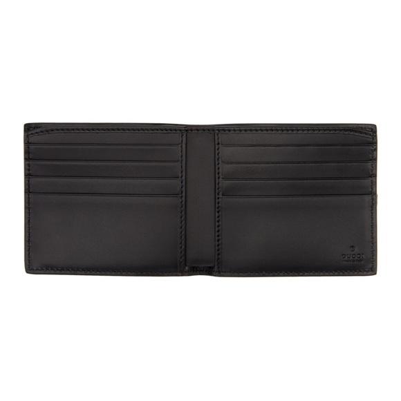 9853a849efc Gucci Handbags - Gucci Black GG Imprime Leather Bi-fold authentic